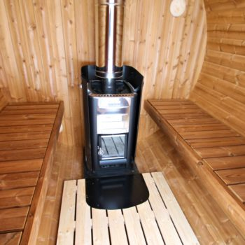 """Sauna mit """" Harvia """" Holzofenpaket inkl. Schutzmantel  und Schornstein"""